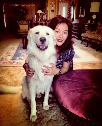 Phoebe Chi and dog